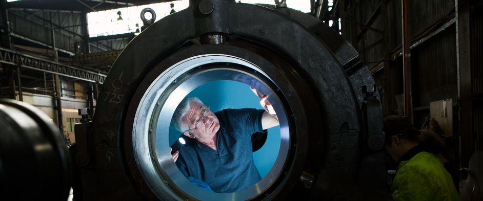Photo: Ron Allum in the sphere