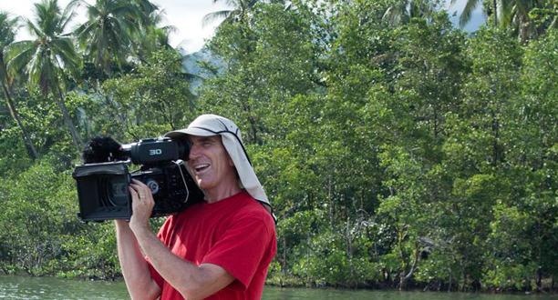 Photo: Dr. Glenn Singleman films James Cameron in a canoe
